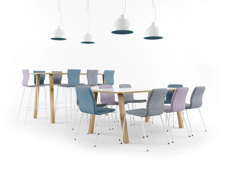 Neuvottelupöytä ja tuolit